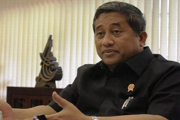 Mendikbud meminta para bupati dan walikota untuk melaporkan pembayaran TPG PNSD tersebut kepada Menteri Keuangan paling lambat 5 Mei 2014.  - bisnis.com