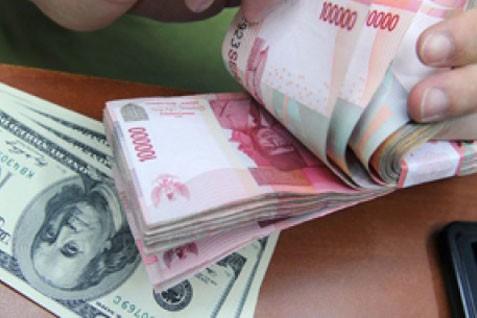 Menghitung rupiah. Kurs melemah karena kebutuhan dolar AS Meningkat - Bisnis