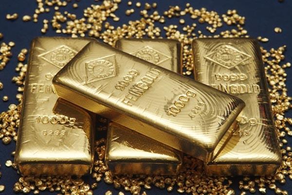 Emas untuk pengiriman Juni diperdagangkan pada level US1.284,80 per ounce di Comex di New York dari US1.284,60 kemarin.  - Bisnis