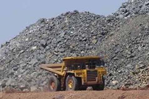 Harga Nikel naik akibat kekhawatiran atas suplai karena ada larangan ekspor bijih mineral dari Indonesia.  - bisnis.com