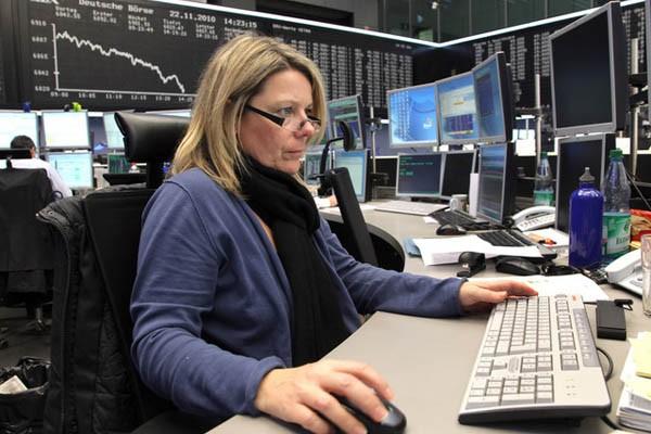 Suasana perdagangan di salah satu bursa Eropa/Indeks Stoxx dibuka melemah - Reuters