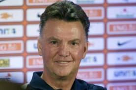 Liga Inggris: Van Gaal Jadi Bos Manchester United…
