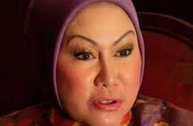 Ratu Atut Didakwa Suap Akil Mochtar Rp1 Miliar