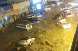 KOTA MEKKAH Dilanda Banjir, Ribuan Orang Terdampar di Masjidil Haram