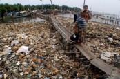 Pengusaha Tionghoa Sumbang 53 Unit Truk Sampah ke Pemprov DKI