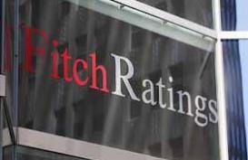 BAKRIE TELECOM: Fitch Ratings Pangkas Peringkat Surat Utang