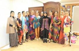 KBRI Singapura Undang Alleira Batik