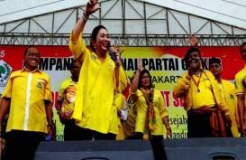 KAMPANYE PILPRES: Suhardi dan Titiek Soeharto Goyang Bersama Band Radja