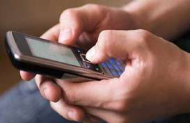 PRODUK JASA KEUANGAN: Larangan Penawaran via SMS Berlaku Efektif 6 Agustus