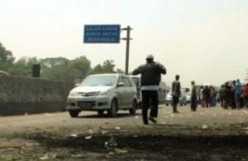 Sengketa Agraria: Petani Karawang Diserang Meriam Air dan Gas Air Mata