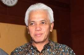 KAMPANYE PILPRES 2014: Hatta Kunjungi Ponpes di Gresik, Bertemu KH Maemoen Zubair