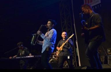 Menikmati Jazz Sambil Beramal di Plaza Mesjid Cut Meutia
