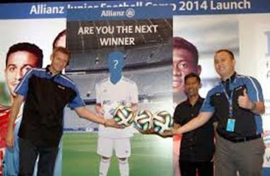 33 Remaja Ikuti Allianz Junior Footbal Camp