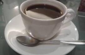 Nikmatnya Bersantai dan Ngopi di Erber Coffee Inc,