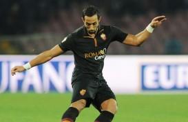 BURSA TRANSFER LIGA INGGRIS: Bek AS Roma Mehdi Benatia Diincar Manchester United & Chelsea