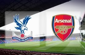 LIGA INGGRIS 2014: Arsenal Tumbangkan Crystal Palace 2-1