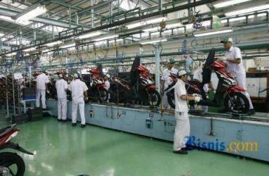 Anggota Paskibraka Nasional 2014 Kunjungi Pabrik Motor Honda