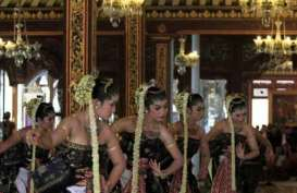 Melestarikan Budaya Jawa Melalui Pameran Wastra Pernikahan