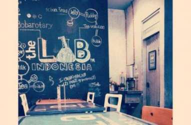 Cafe The Lab: Eksotiknya Bersantap Disaksikan Tabung Erlenmeyer