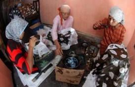 HARI BATIK NASIONAL: Menengok Kampung Batik di Jakarta