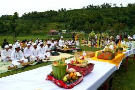 Umat Hindu Dharma Bali Rayakan Hari Suci Pagerwesi
