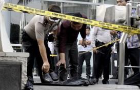 PRIA MELONCAT DARI MENARA BCA: Ini Kronologi Kejadian Versi Polisi