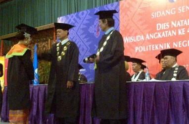 299 Mahasiswa Politeknik Negeri Media Kreatif Diwisuda