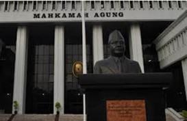 KRIMINALISASI NOTARIS THERESIA PONTOH: Ratusan Notaris Ngadu ke Mahkamah Agung