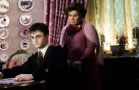 HARRY POTTER: Ternyata JK Rowling Gunakan Sosok Guru yang Dibencinya Pada Karakter Ini