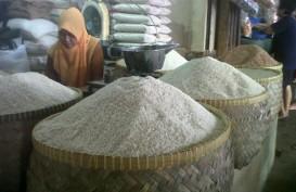 Mendag dan Menkop Blusukan di Pasar Induk Cipinang
