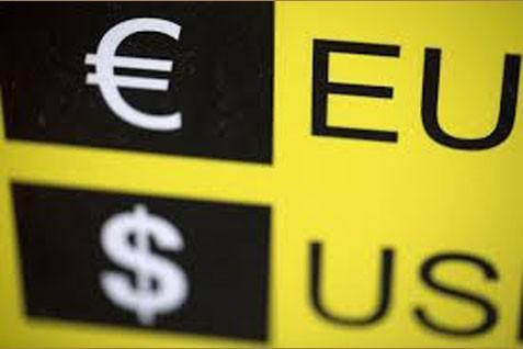 Ilustrasi obligasi dolar AS dan Euro.  Yield US Treasury 2 Tahun Pecah Rekor - Bisnis