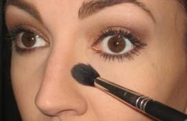 Tips Make Up Untuk Membuat Hidung Lebih Mancung