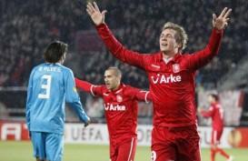 BIG MATCH LIGA BELANDA: Luuk de Jong Hattrick, PSV Atasi Fejenoord 4-3