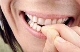 4 Risiko Kesehatan dari Kebiasaan Menggigit Kuku