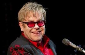 Elton John Nikah Resmi Setelah UU Gay Berlaku
