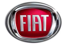 Foto Selfie dengan Fiat 500 Berhadiah Unik dari Italia