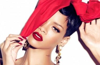 Tips Pakai Makeup untuk Wanita Berkulit Gelap