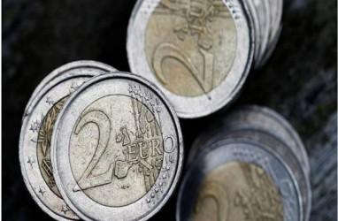 LAJU EURO: Politik Prancis Jelang Pilres Tekan Laju Euro