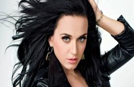 Katy Perry Rambah Bisnis Alas Kaki