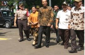 QUICK COUNT PILGUB DKI 2017: Presiden Jokowi Mencoblos di TPS 4