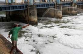 Jakarta Banjir : Sejumlah Pintu Air Siaga 3 & 4