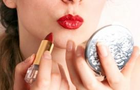 Mau Pakai lipstik Merah? Begini Langkah Idealnya