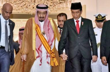 Ratusan Umat Islam Sambut Raja Salman di Masjid Istiqlal