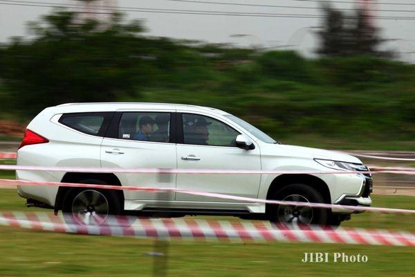 All New Pajero Sport saat ujicoba, di Jakarta, Rabu (20/1). - JIBI/Dwi Prasetya