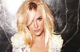 Begini Cara Britney Spears Membentuk Otot