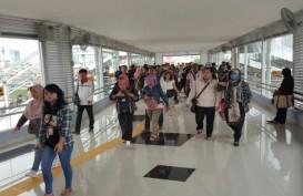 Penumpang Commuter Kini Bisa Gunakan JPO Stasiun Tanah Abang
