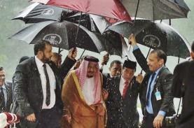 Soal Payungi Raja Salman, Jokowi: Itu Guyon