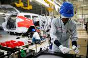 EKONOMI INDONESIA: PMI April Sentuh 51,2, Manufaktur Lanjutkan Ekspansi