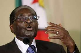 Presiden Zimbabwe Tidur Saat Acara Publik?