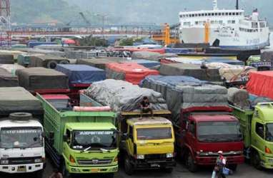 Aksi Protes Pengemudi Ganggu Arus Barang & Penumpang di Pelabuhan Merak